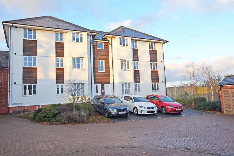 2 Bedrooms Apartment Flat for rent in The Rydons, Exeter, Devon