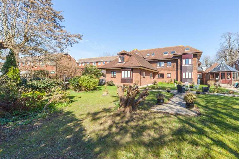 2 Bedrooms Retirement Property for sale in 66 Keymer Road, Hassocks