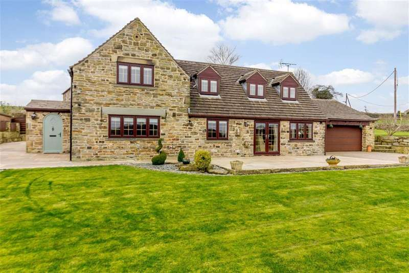 4 Bedrooms Detached House for sale in Hollinberry Lane, Howbrook, Sheffield, S35 7EL