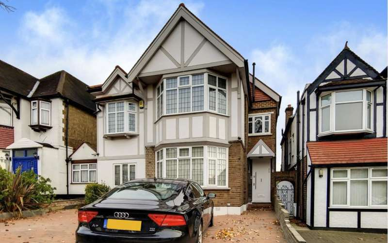 6 Bedrooms Detached House for sale in St Margarets Road, Edgware, Middlesex, HA8 9UU