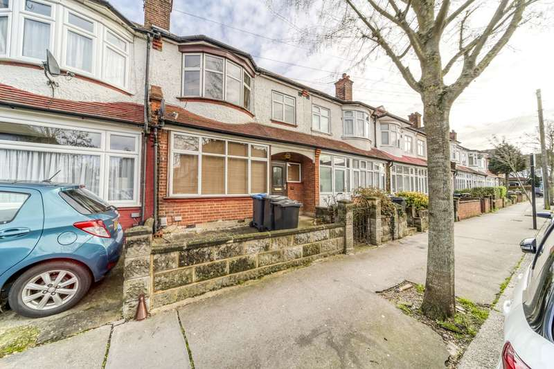 4 Bedrooms Terraced House for sale in Queenswood Avenue, Thornton Heath, CR7