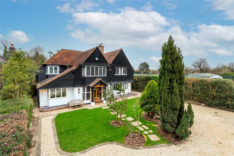 5 Bedrooms Detached House for sale in Maltmans Lane, Chalfont St. Peter, Gerrards Cross, Buckinghamshire, SL9