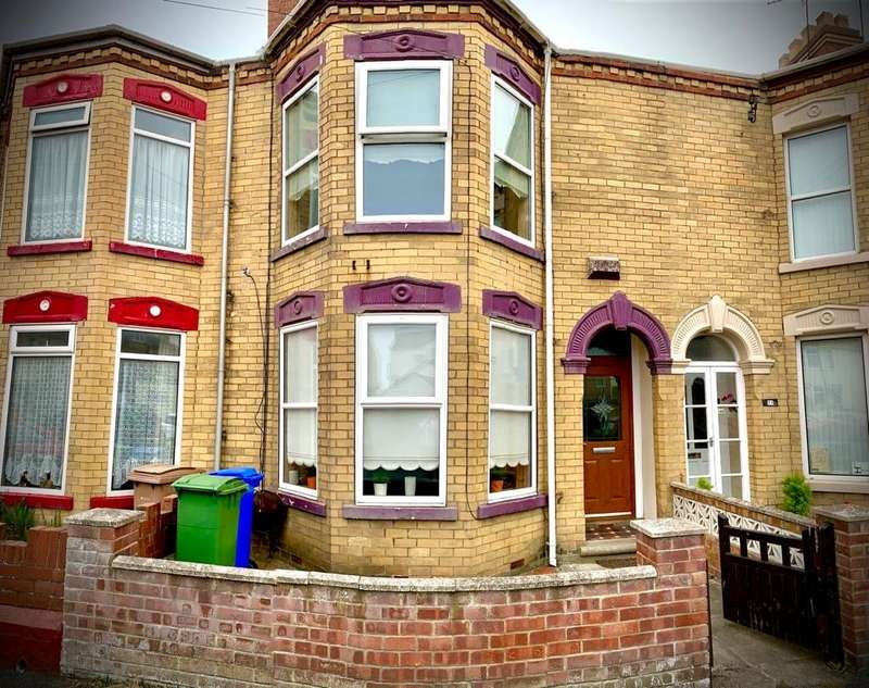 3 Bedrooms House for sale in Bannister Street, Withernsea, East Yorkshire, HU19