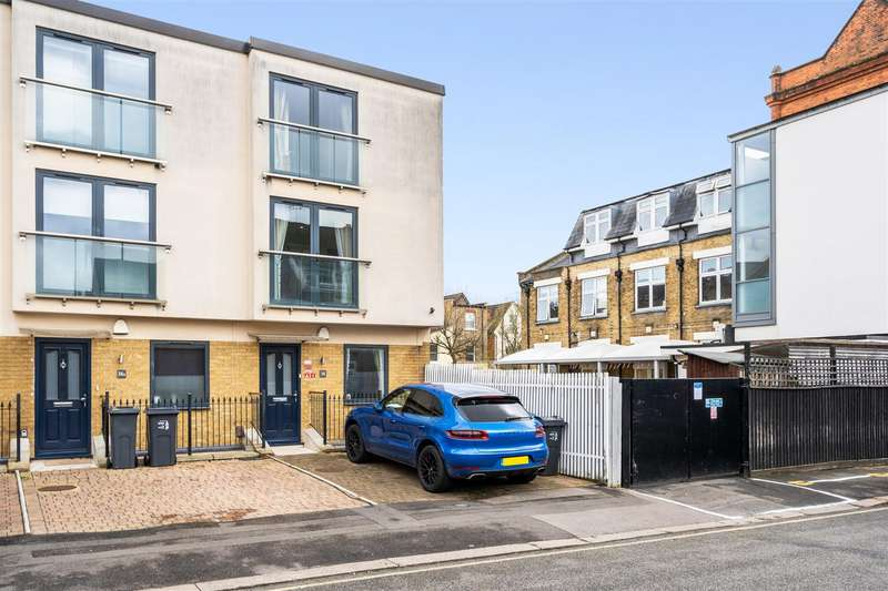 4 Bedrooms House for sale in Worcester Road, Wimbledon
