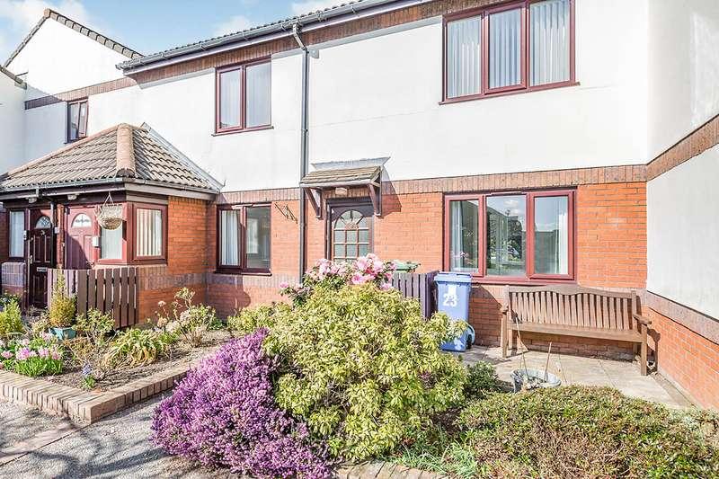 2 Bedrooms Apartment Flat for sale in Devonshire Court, Devonshire Road, Chorley, Lancashire, PR7