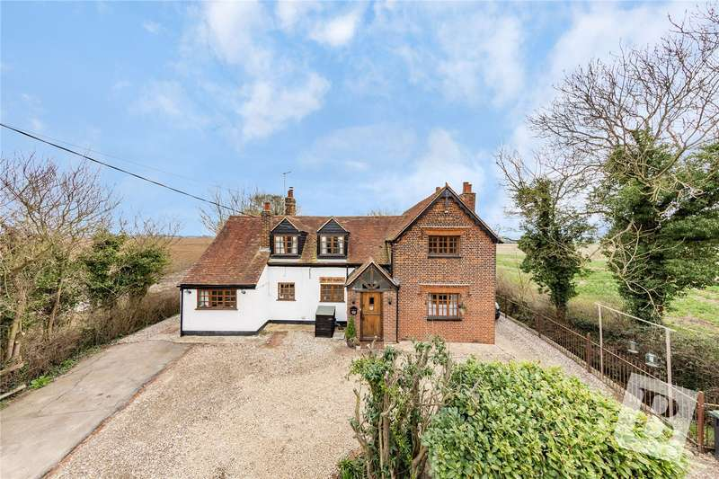 5 Bedrooms Detached House for sale in Beauchamp Roding, Ongar, CM5