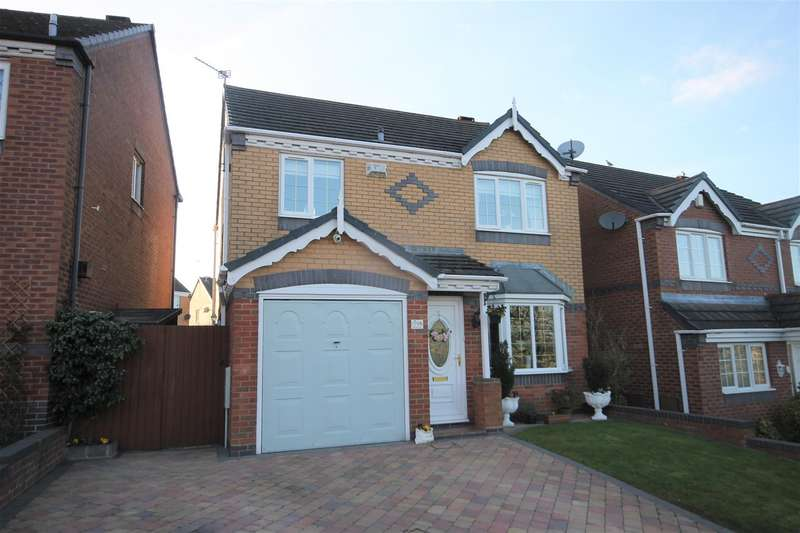 3 Bedrooms Detached House for sale in Deavall Way, Cannock