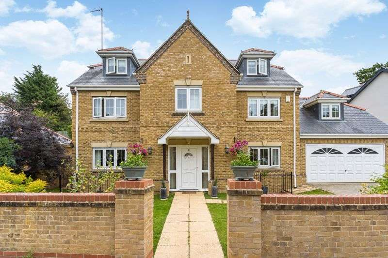 5 Bedrooms Property for sale in Douglas Downes Close, Headington, Oxford