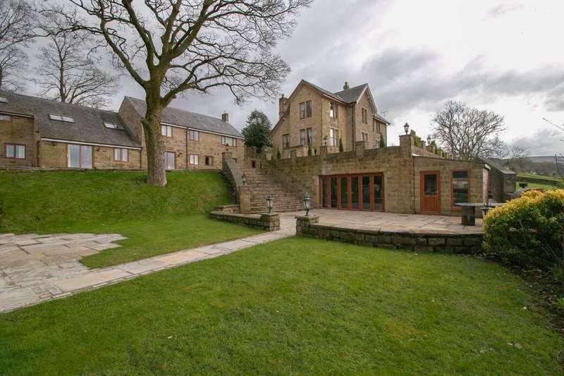 5 Bedrooms Detached House for sale in Derbyshire Level, Glossop, SK13