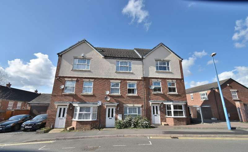 4 Bedrooms Town House for sale in Creed Way, West Bromwich, B70 9JT
