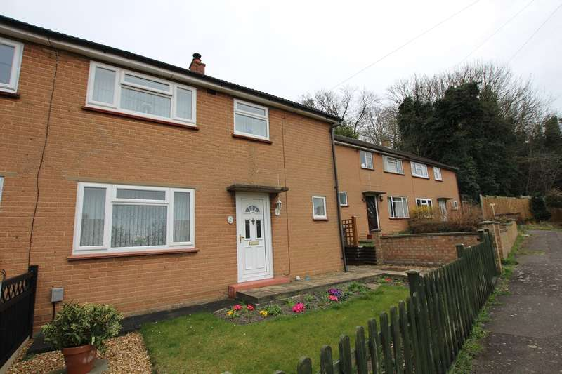3 Bedrooms Semi Detached House for sale in Chiltern Road, Baldock, SG7