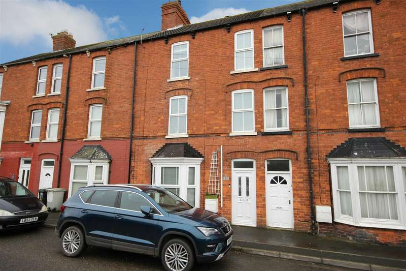 5 Bedrooms Terraced House for sale in Alford Road, Sutton-On-Sea