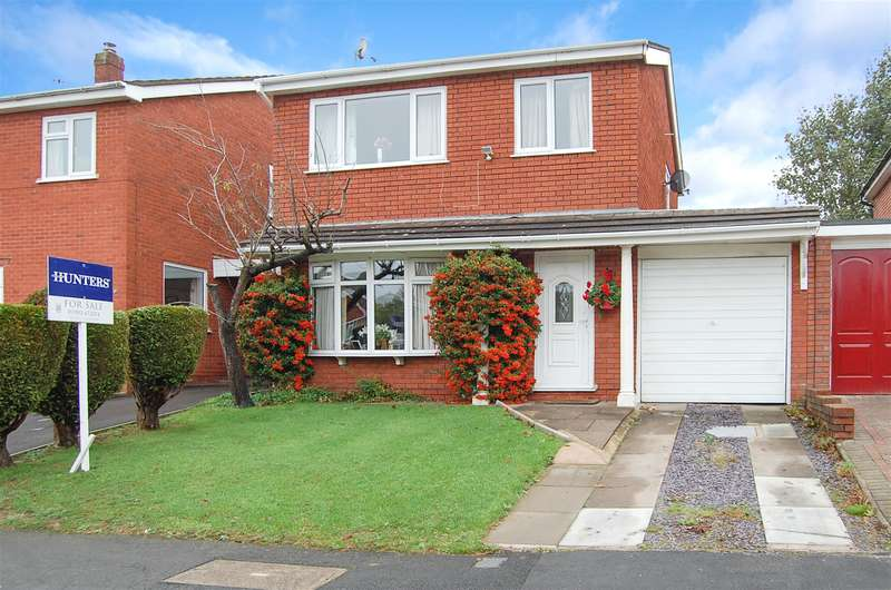 3 Bedrooms Detached House for sale in Radnor Road, Sedgley, West Midlands, DY3 3TW