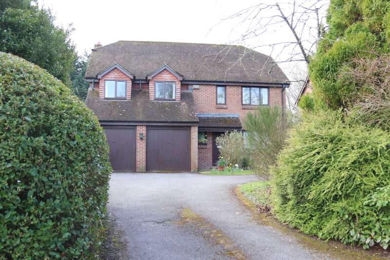 5 Bedrooms Detached House for sale in Steepe Way, Burbage, SN8 3AX