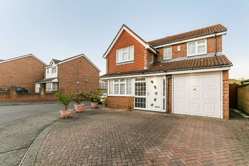 4 Bedrooms Detached House for sale in Groveside Close, CARSHALTON, Surrey, SM5