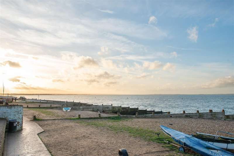 3 Bedrooms House for sale in Sea Street, Whitstable