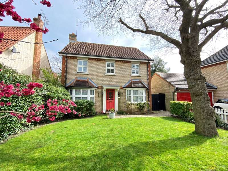 4 Bedrooms Detached House for sale in Littlehurst Lane, Noak Bridge