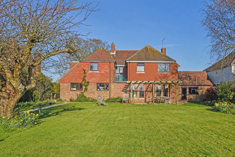 5 Bedrooms Detached House for sale in Chidham Lane, Chidham