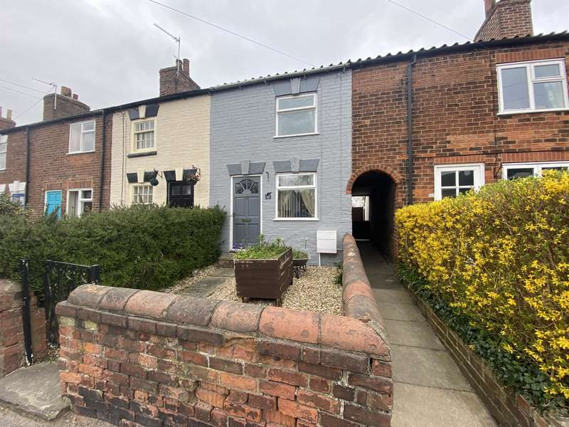2 Bedrooms Terraced House for sale in Church Street, Louth, LN11 9DE