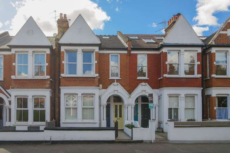 2 Bedrooms Flat for rent in Southfield Road, Chiswick W4