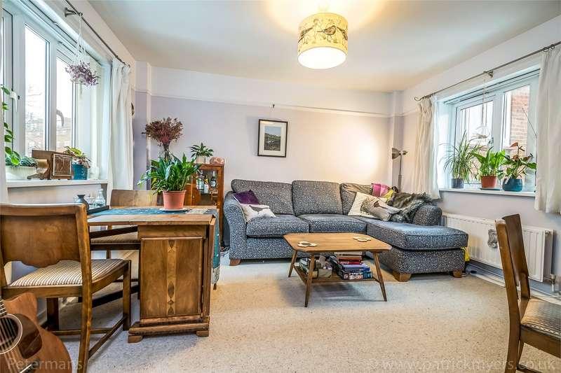 2 Bedrooms Apartment Flat for sale in Denmark Hill Estate, London, SE5