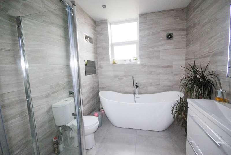 3 Bedrooms Terraced House for sale in Gladstone Street, Hebburn