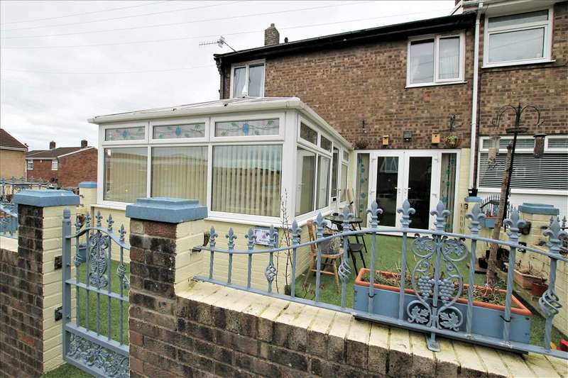 3 Bedrooms End Of Terrace House for sale in Bryngolau, Porth