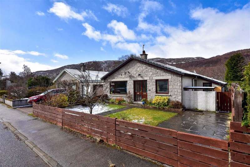 3 Bedrooms Detached House for sale in Aviemore