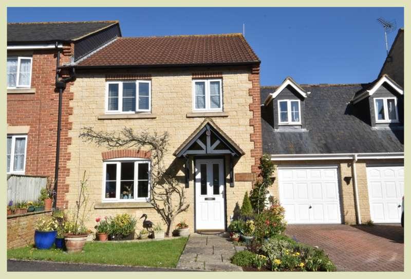 4 Bedrooms Semi Detached House for sale in Wincanton, Somerset, BA9