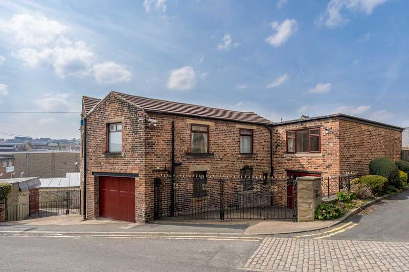 5 Bedrooms Detached House for sale in Bridge Street, Batley