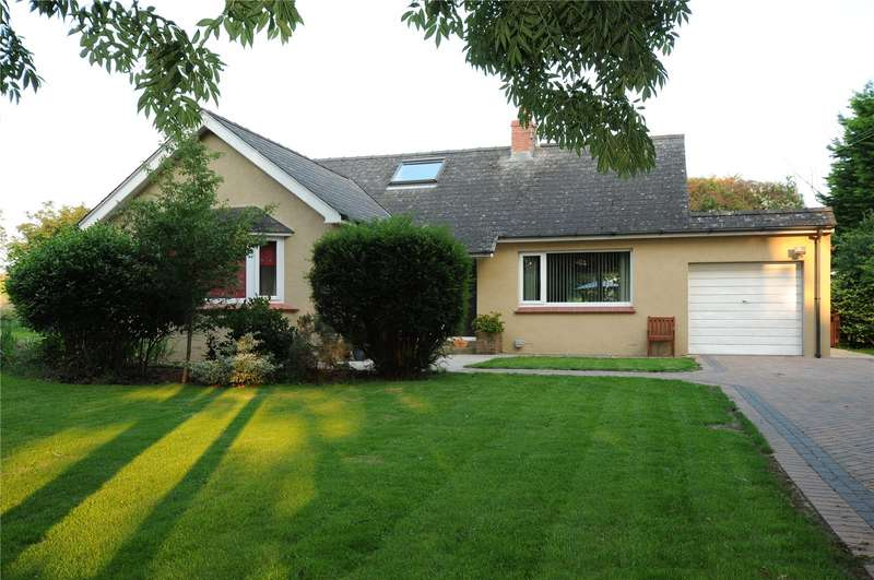 3 Bedrooms Detached Bungalow for sale in The Retreat, Freshwater East Road, Lamphey, Pembroke