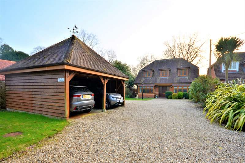 5 Bedrooms Detached House for sale in Hook Road, Ampfield, SO51