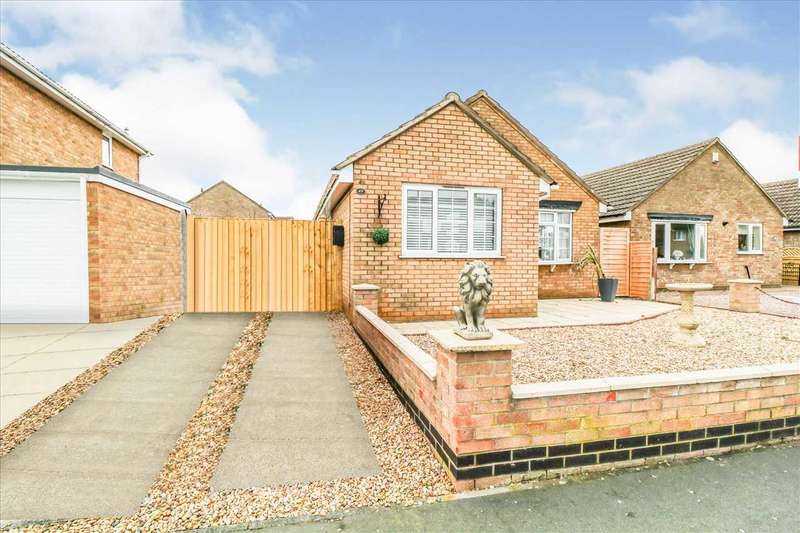3 Bedrooms Bungalow for sale in Wolsey Way, Glebe Park, Lincoln