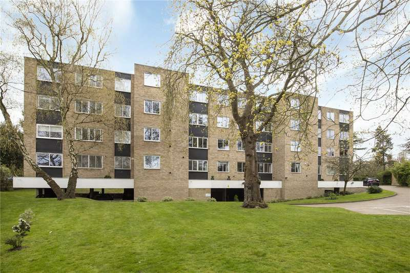 Flat for sale in West Hill, Putney, London, SW15