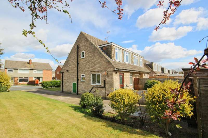 3 Bedrooms Semi Detached House for sale in West Hall Garth, South Cave, Brough