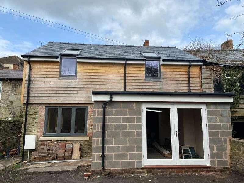 2 Bedrooms Detached House for sale in High Street, Kington HR5 3BJ, Herefordshire, HR5
