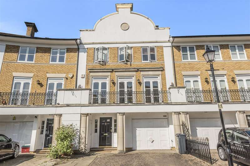 5 Bedrooms Terraced House for sale in Thames Crescent, London, W4