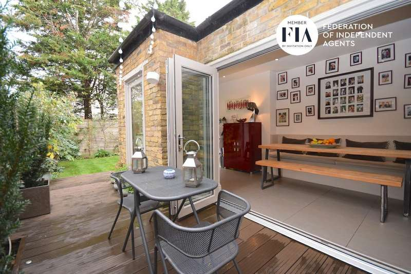 4 Bedrooms Semi Detached House for rent in Hatfield Road, Chiswick