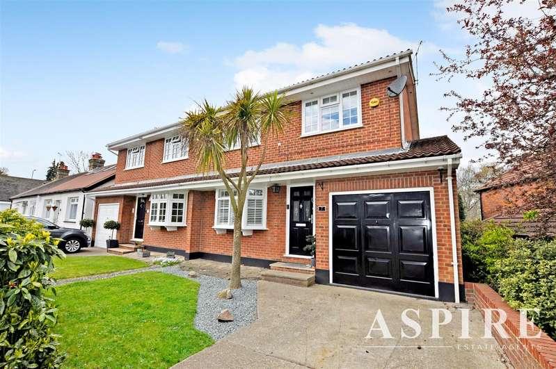 3 Bedrooms Semi Detached House for sale in Thundersley Grove, Benfleet