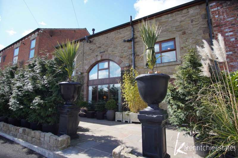 5 Bedrooms Barn Conversion Character Property for sale in Pocket Nook, Bolton