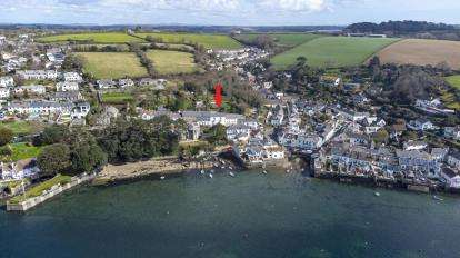 5 Bedrooms Terraced House for sale in Flushing, Falmouth, Cornwall