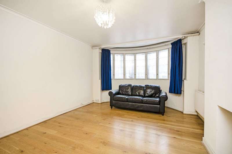 3 Bedrooms Flat for sale in Beaufort Park, Temple Fortune, NW11