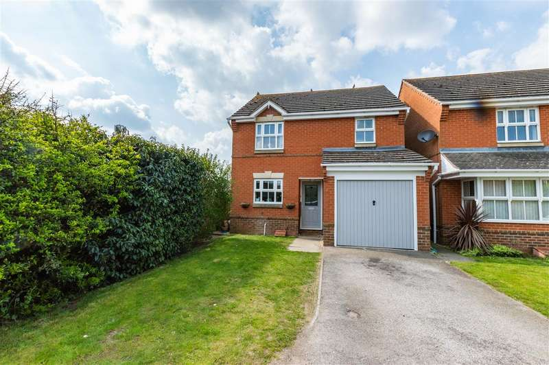 3 Bedrooms Detached House for sale in Keepers Way, Sleaford