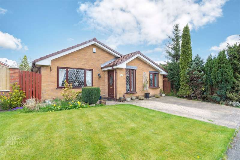 3 Bedrooms Detached Bungalow for sale in Camberwell Drive, Ashton-under-Lyne, OL7