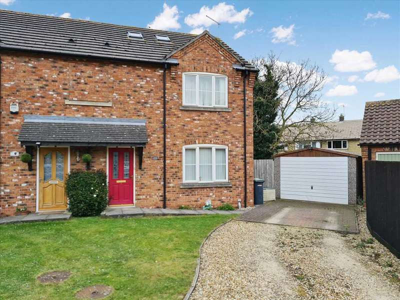 4 Bedrooms Semi Detached House for sale in Wheelwright Court, Sleaford