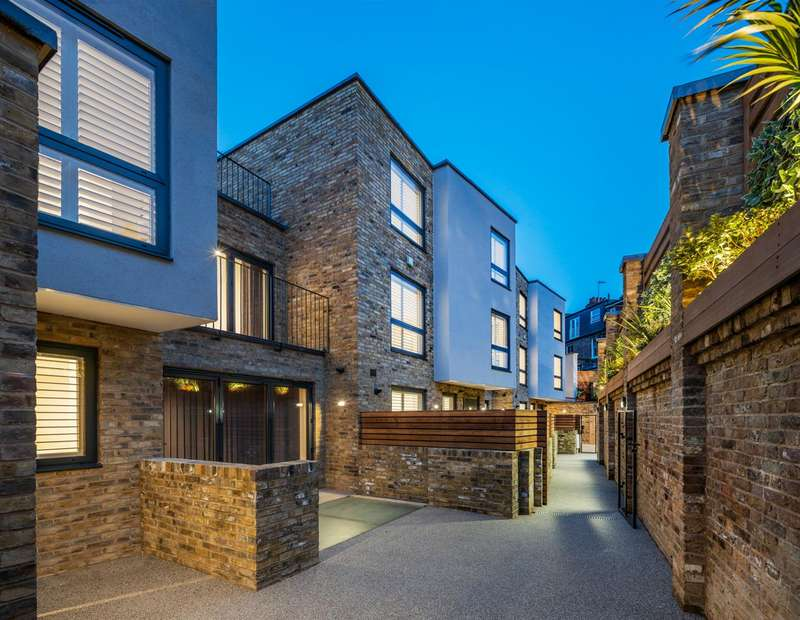 3 Bedrooms House for sale in Coachworks Mews, Pattison Road, Hampstead, NW2