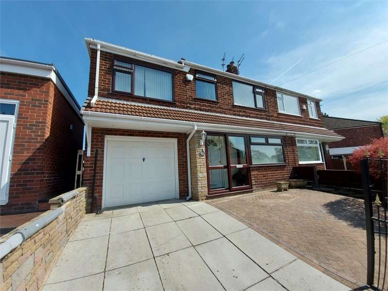 4 Bedrooms Semi Detached House for sale in Colwyn Avenue, Alkrington, Middleton, Manchester, Lancashire