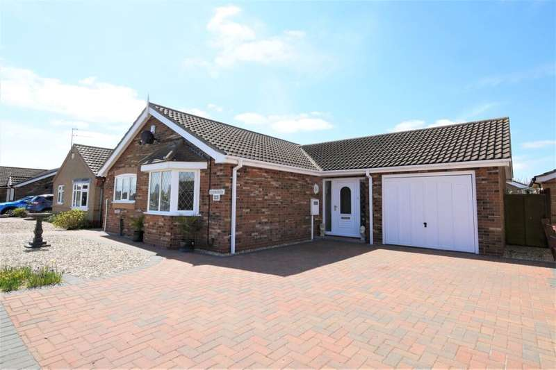 3 Bedrooms Detached Bungalow for sale in Masefield Drive, Sandilands, Mablethorpe, LN12
