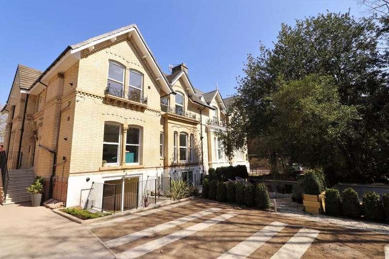 2 Bedrooms Apartment Flat for sale in Edge Lane, Chorlton, Manchester, M21