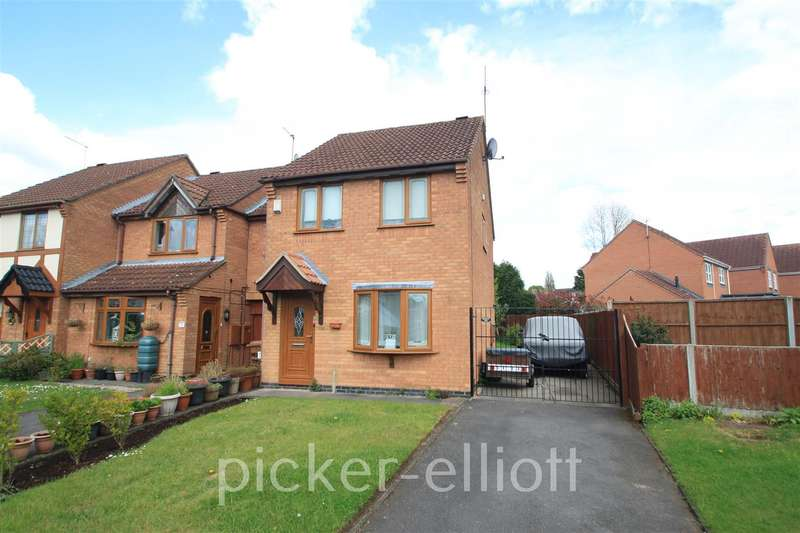 3 Bedrooms Semi Detached House for sale in Nelson Drive, Hinckley